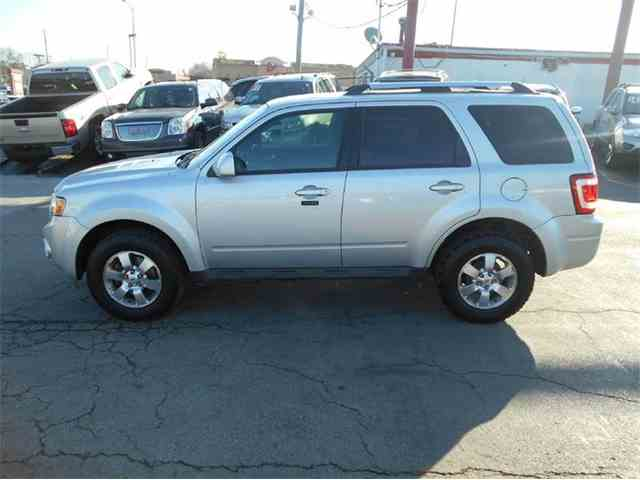 2011 Ford Escape | 953086
