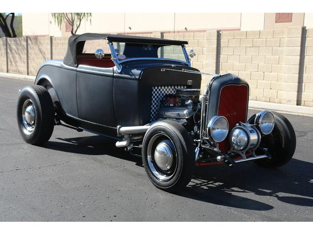 1932 Ford Roadster | 953093
