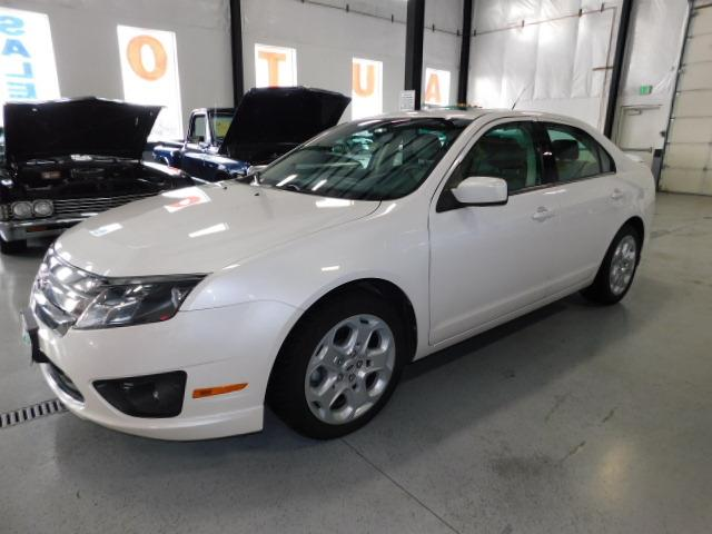 2011 Ford Fusion | 953156