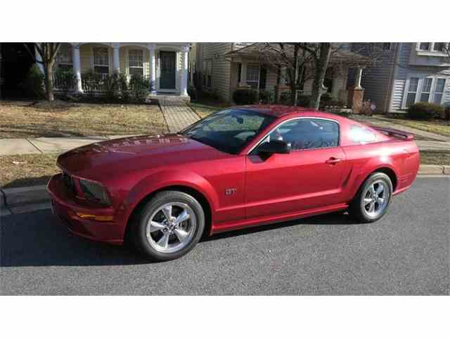 2005 Ford Mustang | 953160