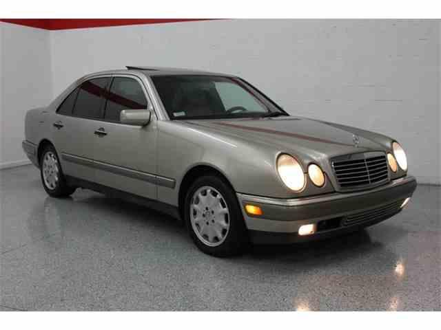 1997 Mercedes-Benz E-Class | 953366