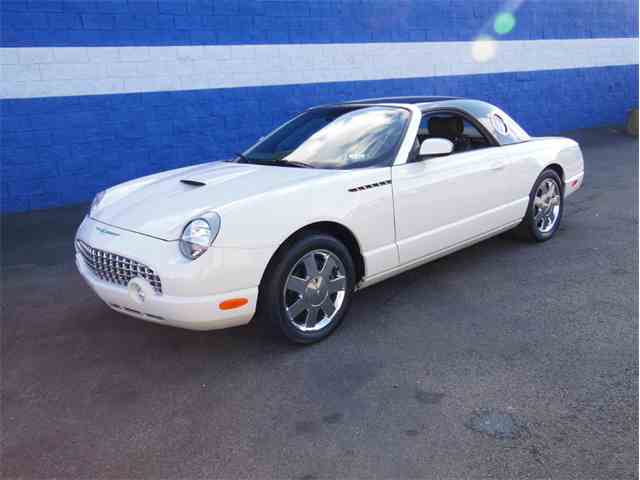 2002 Ford Thunderbird | 953428