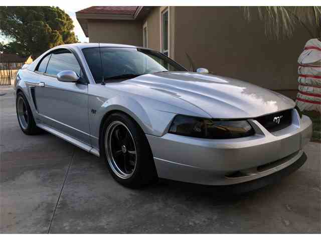 2000 Ford Mustang | 953434