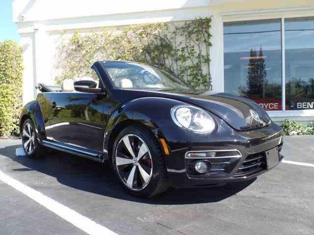 2013 Volkswagen Beetle 2.0 Turbo Convertible | 950356