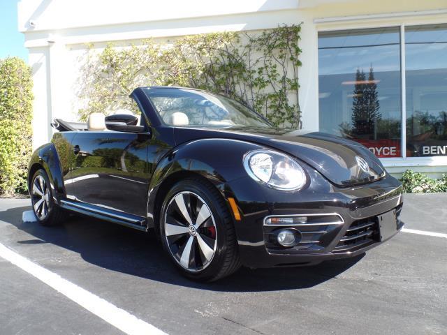 2013 Volkswagen Beetle 2.0 Turbo Convertible | 950356