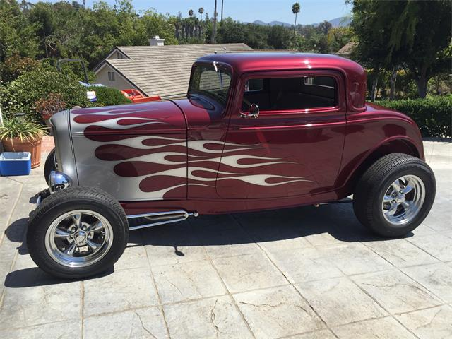 1932 Ford 3-Window Coupe | 950455