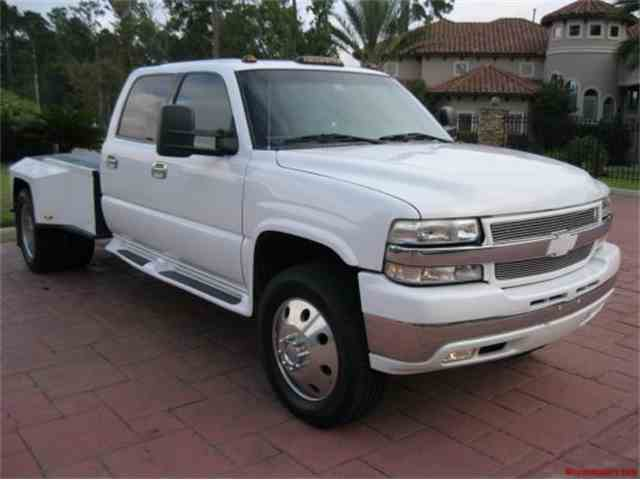 2001 Chevrolet 3500 Custom Pickup | 954593