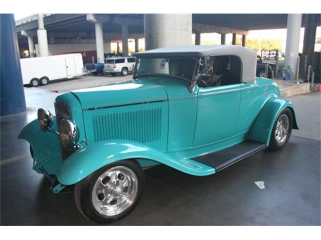 1932 Ford Roadster | 954647