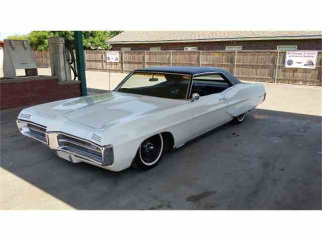 1967 Pontiac Grand Prix Two Door Hardtop | 954726