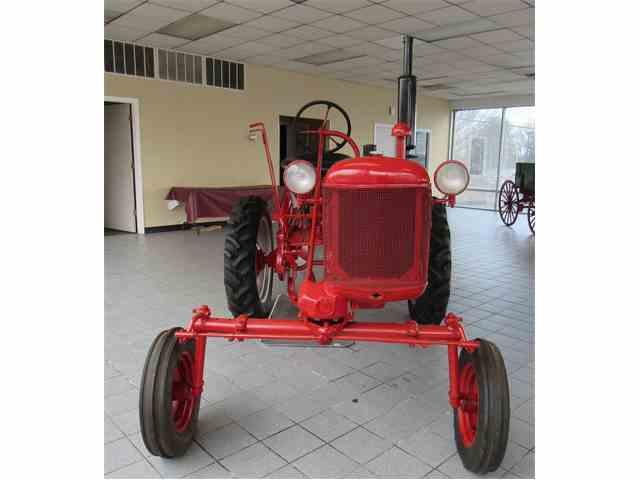 1948 Farmmall Cub | 954752