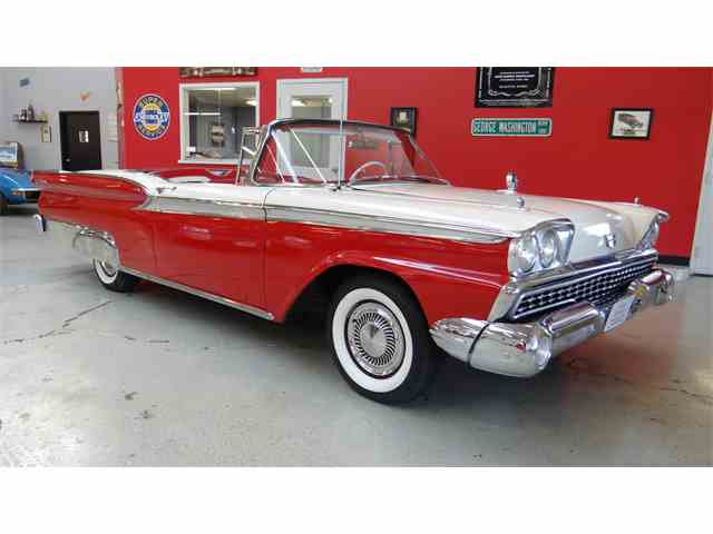 1959 Ford Galaxie Skyliner | 954835