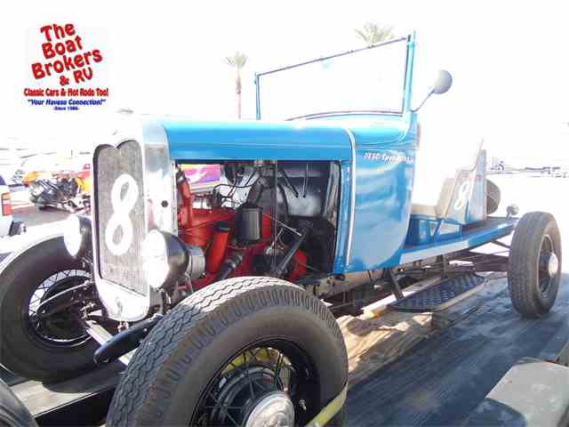 1930 Ford Automobile   954949