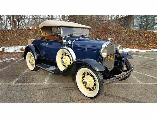 1931 Ford Model A Deluxe Roadster | 955190
