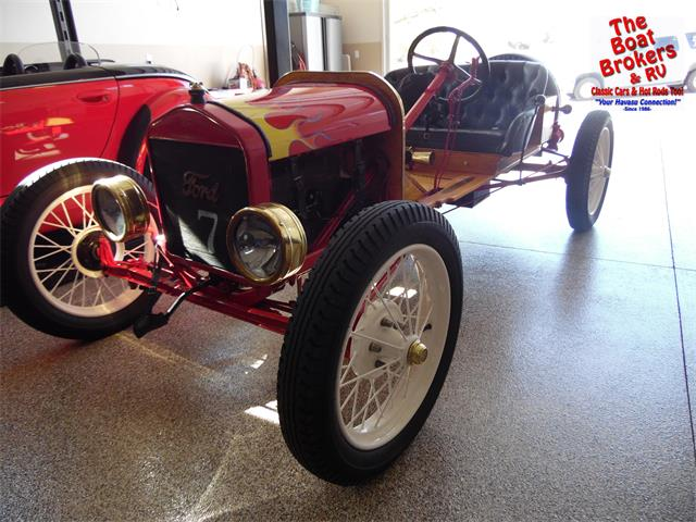 1919 Ford Automobile | 955316