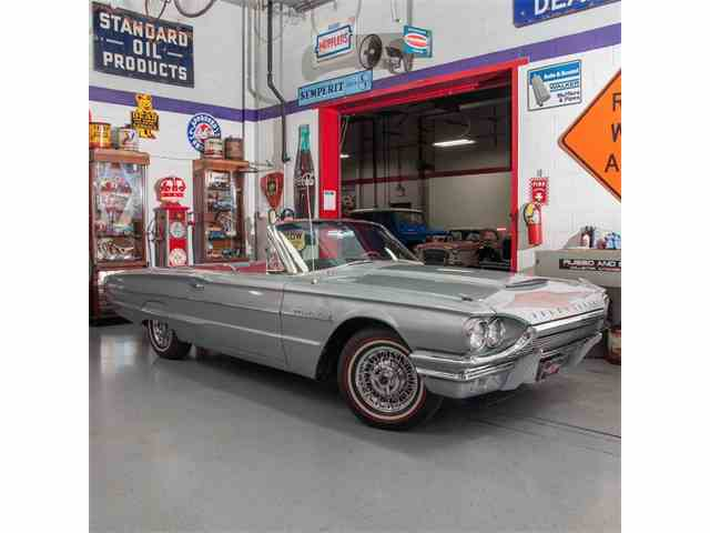 1964 Ford Thunderbird | 955322