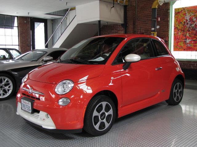 2015 Fiat 500e | 955424