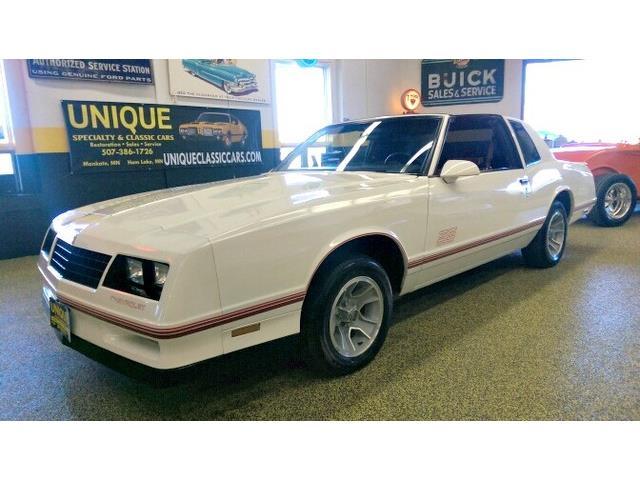 1988 Chevrolet Monte Carlo   955547