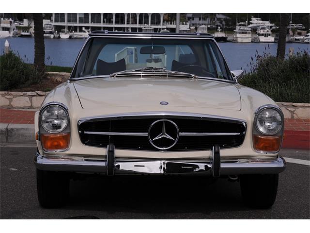 1970 Mercedes-Benz 280SL   955807