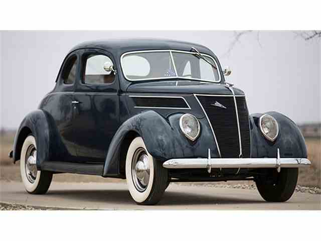 1937 Ford 5-Window Coupe | 956070