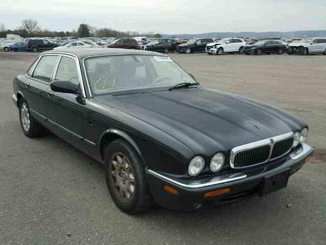 2001 Jaguar XJ8 | 950610