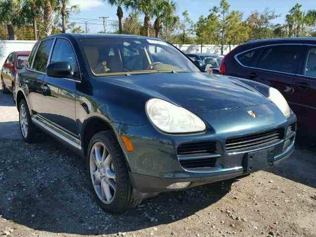 2004 Porsche Cayenne | 950611