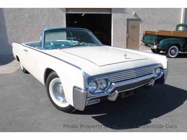 1961 Lincoln Continental | 956367
