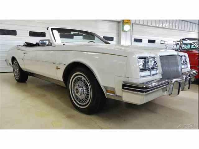 1985 Buick Riviera | 956528