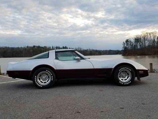 1982 Chevrolet Corvette | 956998