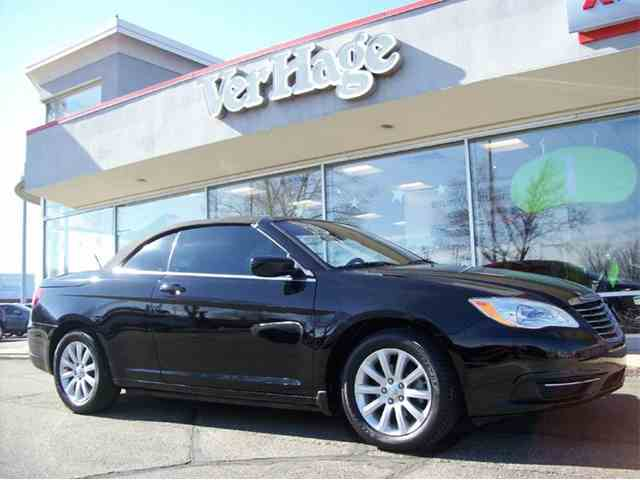 2012 Chrysler 200 | 957052