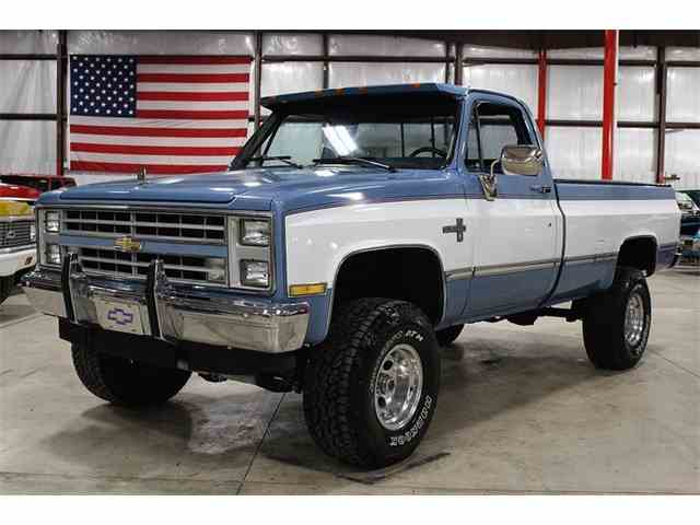 1987 Chevrolet K-10 | 957087