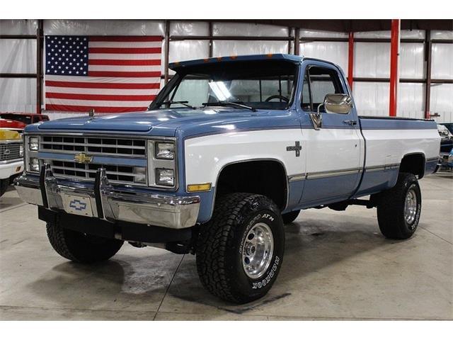 1987 Chevrolet K-10   957087