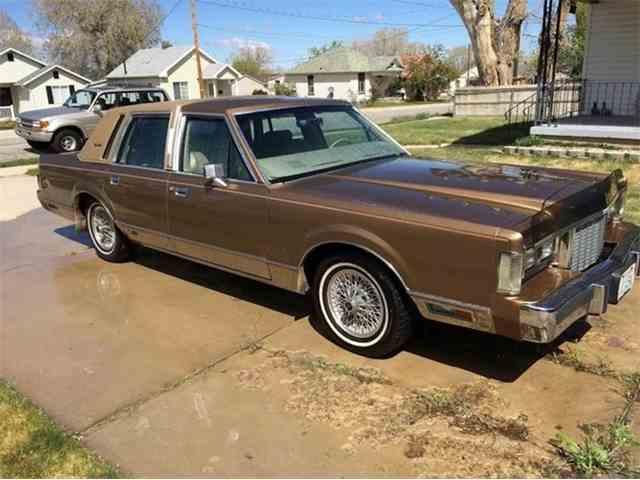 1985 Lincoln Continental | 957168