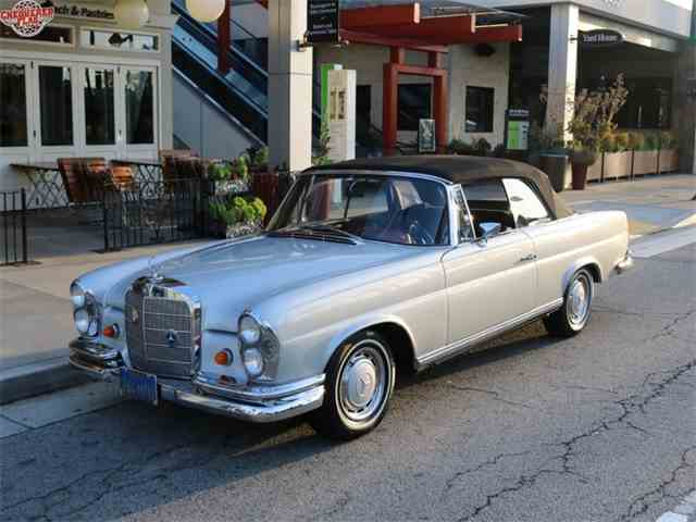 1967 Mercedes-Benz 250 SE Convertible | 957210