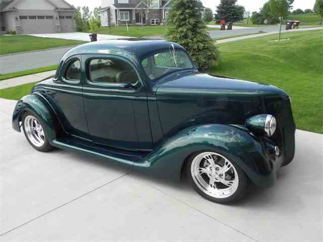 1940 Ford Coupe | 957253