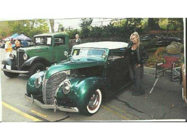 1936 Ford Custom | 957263