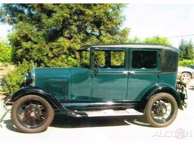 1940 Ford Model A | 957288