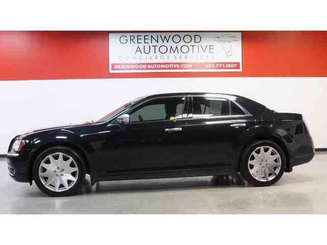 2013 Chrysler 300 | 957359