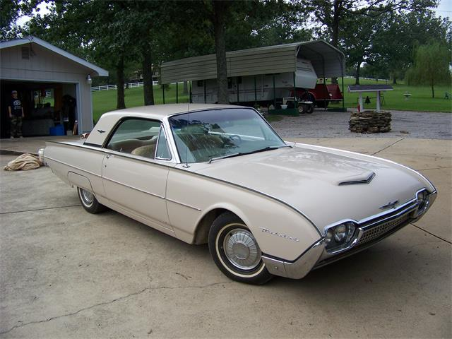 1962 Ford Thunderbird | 957435