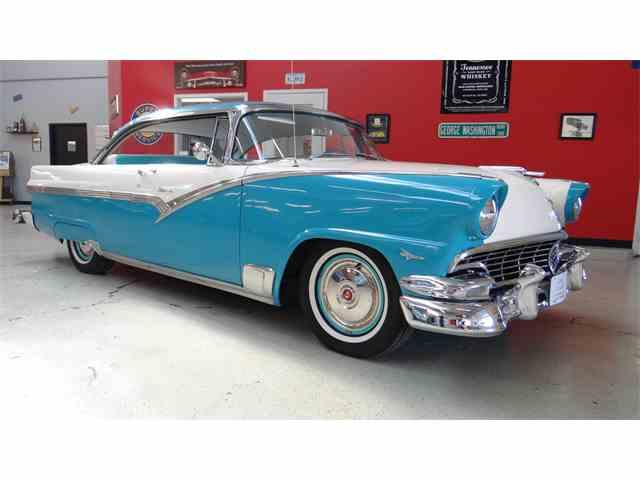 1956 Ford Fairlane Victoria | 957439