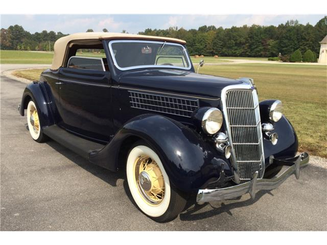 1935 Ford Deluxe | 957565