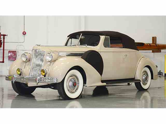 1939 Packard One Twenty Convertible Coupe | 957598