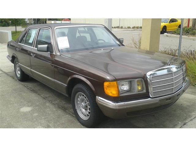 1983 Mercedes-Benz 380 | 957636