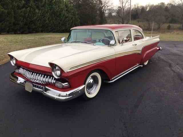 1957 Ford 300   957673