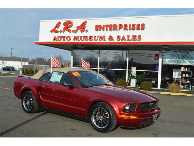 2007 Ford Mustang | 957778