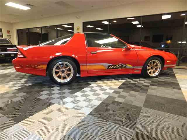 1989 Chevrolet Camaro IROC Z28 | 957797