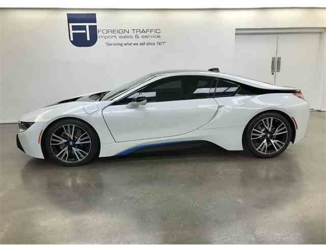 2015 BMW i8   957861