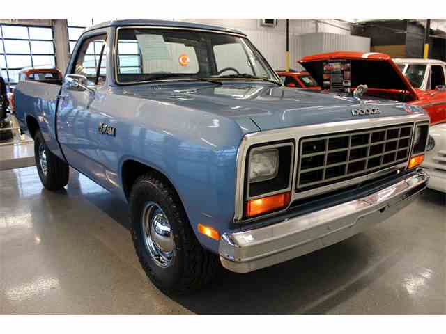 1985 Dodge D100 | 957945