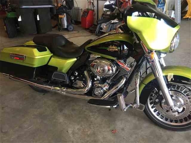 2011 Harley-Davidson Motorcycle | 957951