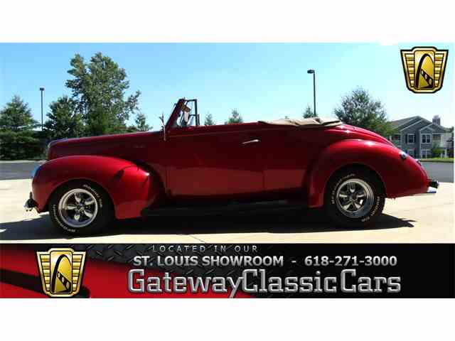 1940 Ford Deluxe | 950797