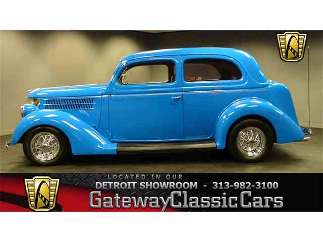 1936 Ford Coupe | 958008